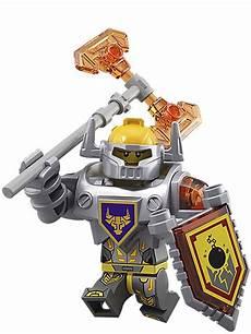 Lego Nexo Knights Ausmalbilder Axl 28 Nexo Knights Minifigures Found Out On Lego Site