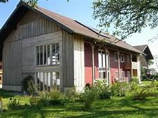 umbau scheune in wohnhaus umbau einer scheune zum wohnhaus in niederbayern geneigtes dach wohnen baunetz wissen