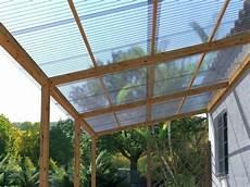 plaque polycarbonate pour pergola comment fixer plaque polycarbonate sur bois maison et chaise