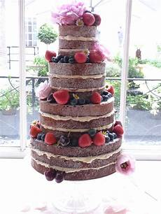 diy tips for making assembling a naked cake also tips