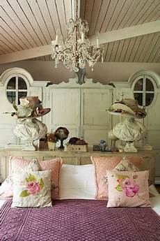 Vintage Bedroom Decor Ideas by Distressed Vintage Bedroom Inspiration