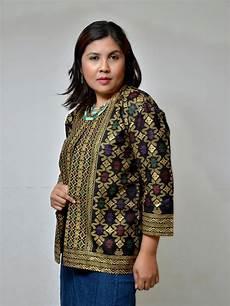 kedai kain fesyen rekaan batik sarawak