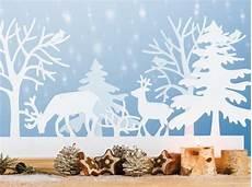 Fensterbilder Weihnachten Vorlagen Tonkarton Fensterbilder Zu Weihnachten Originelle Bastelideen Zum