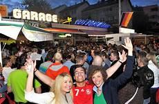 Garage Kassel by Kultkneipe Wird 25 Jahre Alt In Joe S Garage Wird