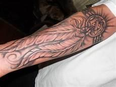 Feder Unterarm - feder bedeutung und vorlagen tattoos zenideen