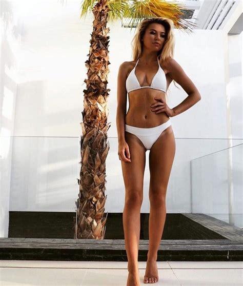 Sexy Girls Volleyball Pics