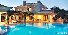 Luxury Villa In Vilamoura With Golf Views Algarve