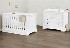 lit et commode bébé ensemble lit b 233 b 233 233 volutif et commode blanc emilia