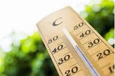 hitze in der wohnung hitze in der wohnung diese tipps halten die r 228 ume k 252 hl linz