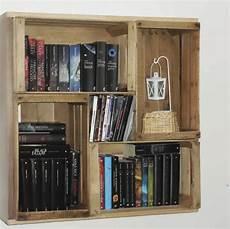 fai da te cassette della frutta riciclo creativo come costruire una libreria in cartone