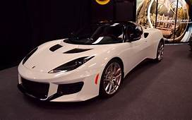 Canadian Premiere Lotus Evora 400 Trades Comfort For Raw