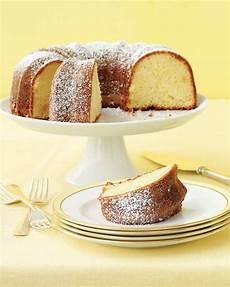 leichte kuchen rezepte 24 easy cake recipes martha stewart