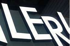 mesure de lumière 3 lettres enseignes lumineuses enseignes leds 83 lettres