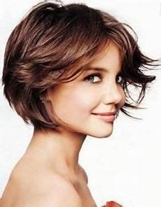 coupe pour visage 33 meilleures images du tableau coiffure visage rond en
