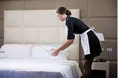 offerte di lavoro cameriere urgente cercasi cameriere ai piani csf agenzia per il