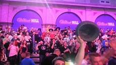great atmosphere ally pally pdc world darts
