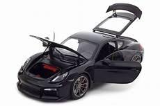 Porsche Cayman Gt4 2015 Schuco Scale 1 18 450040100