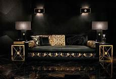 Versace Habille La Maison Au Salon Du Meuble De Milan En