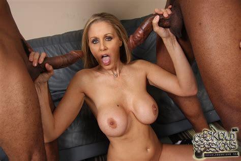 Shania Twain Tits