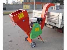Benzin Häcksler Kaufen - deleks termito holzh 228 cksler flishugger flistuggar