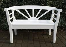Weiße Gartenbank Holz - elegante und bequeme gartenbank holz in wei 223 die gro 223 e