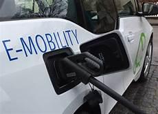 strom teurer als benzin kosten eines elektroautos car