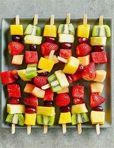 Kindergeburtstag Essen Fingerfood - kindergeburtstag essen 40 leckere und schnelle ideen f 252 r
