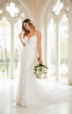 Previously Owned Wedding Gowns