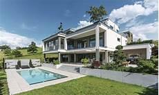 fertighaus weberhaus holzbauweise villa pool
