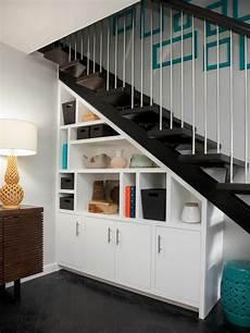 Schrank Unter Treppe Integrieren 25 Schlaue Ideen