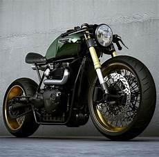 Moto Triumph Cafe Racer