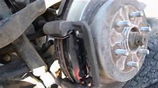 changer plaquette de frein arriere changement plaquettes arri 232 res sur pathfinder 2005 dci