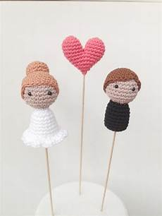 wedding cake toppers bride groom and one heart