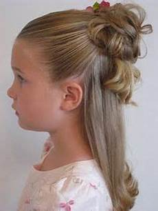 Kommunion Frisur Mädchen - cool hairstyles for ages 10 13