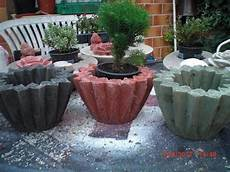beton in form gießen beton giessen beton einf 228 rben mit farbpigmenten
