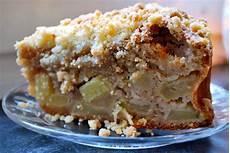Apfel Streuselkuchen - apple streusel cake for s day sweet endeavours