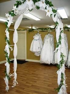 cheap yet gorgeous wedding arch ideas budgeted wedding