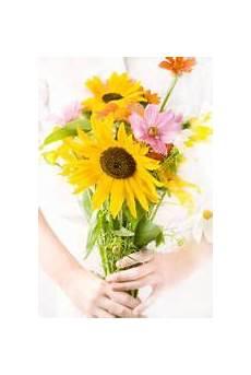drying preserving flowers leaves pinterest preserving flowers dry flowers and preserves