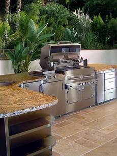 cool outdoor kitchens 56 cool outdoor kitchen designs digsdigs