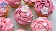 cupcake dekoration und fondant blumen fr 252 hling