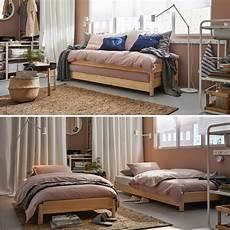 wohn schlafzimmer vielseitiges wohn und schlafzimmer in braun ikea