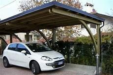 auto in gemieteter garage carport per auto in legno in ferro e in alluminio