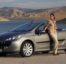 Peugeot Cabrio Neue Modelle - cabrio so f 228 hrt sich der neue peugeot 207 cc welt