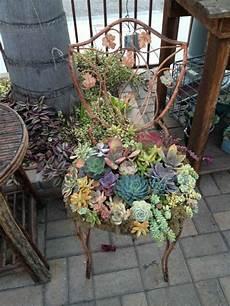 terrassen deko selbst gemacht gartenideen zum selber machen metallener stuhl sukkulenten
