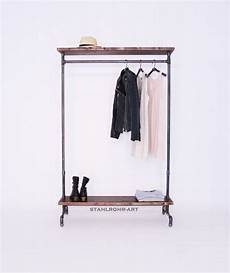 handgefertigte design garderobe aus stahlrohr ob