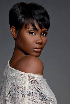 20 photo of short hairstyles for african american women with thin hair
