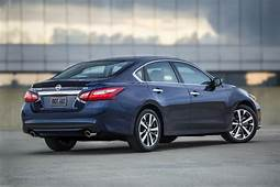 2018 Nissan Altima Review Trims Specs And Price  CarBuzz