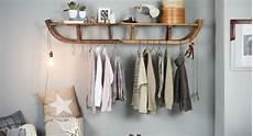 Wandfarbe Aus Klamotten - um diese schlitten garderobe wird dich jeder beneiden