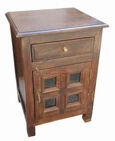 comodino legno comodino chiuso in legno massello con cassetto ed antina