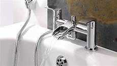 rubinetto vasca rubinetto miscelatore bagno sopra vasca e doccia a cascata